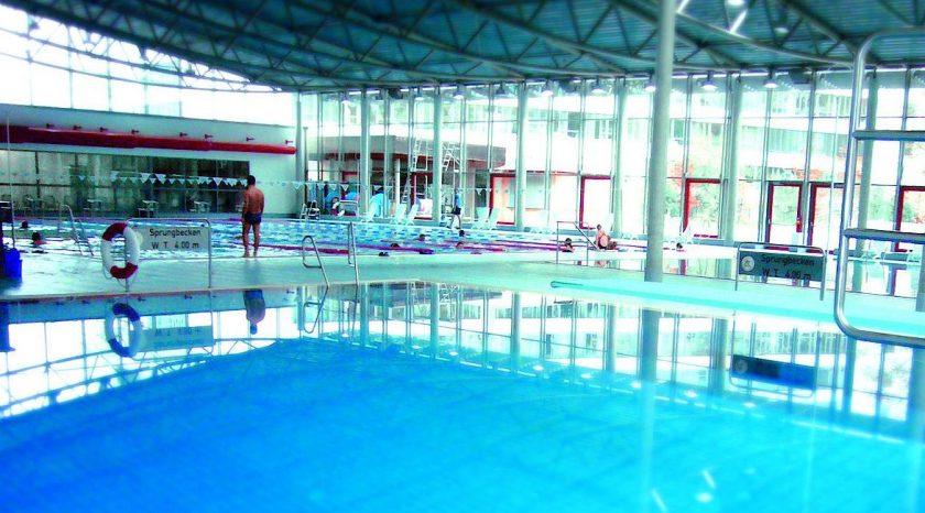 Attraktionen Mainz-Unterkunft Sportbad Taubertsberg Mainz