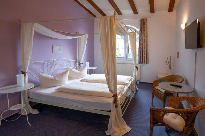 Doppelzimmer-Hotel-Schlosshof-Steinhauer